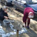 работники МКУ «УКСМПиТ» Ахтынского района провели масштабный субботник (6)