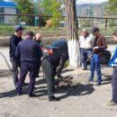 работники МКУ «УКСМПиТ» Ахтынского района провели масштабный субботник (7)